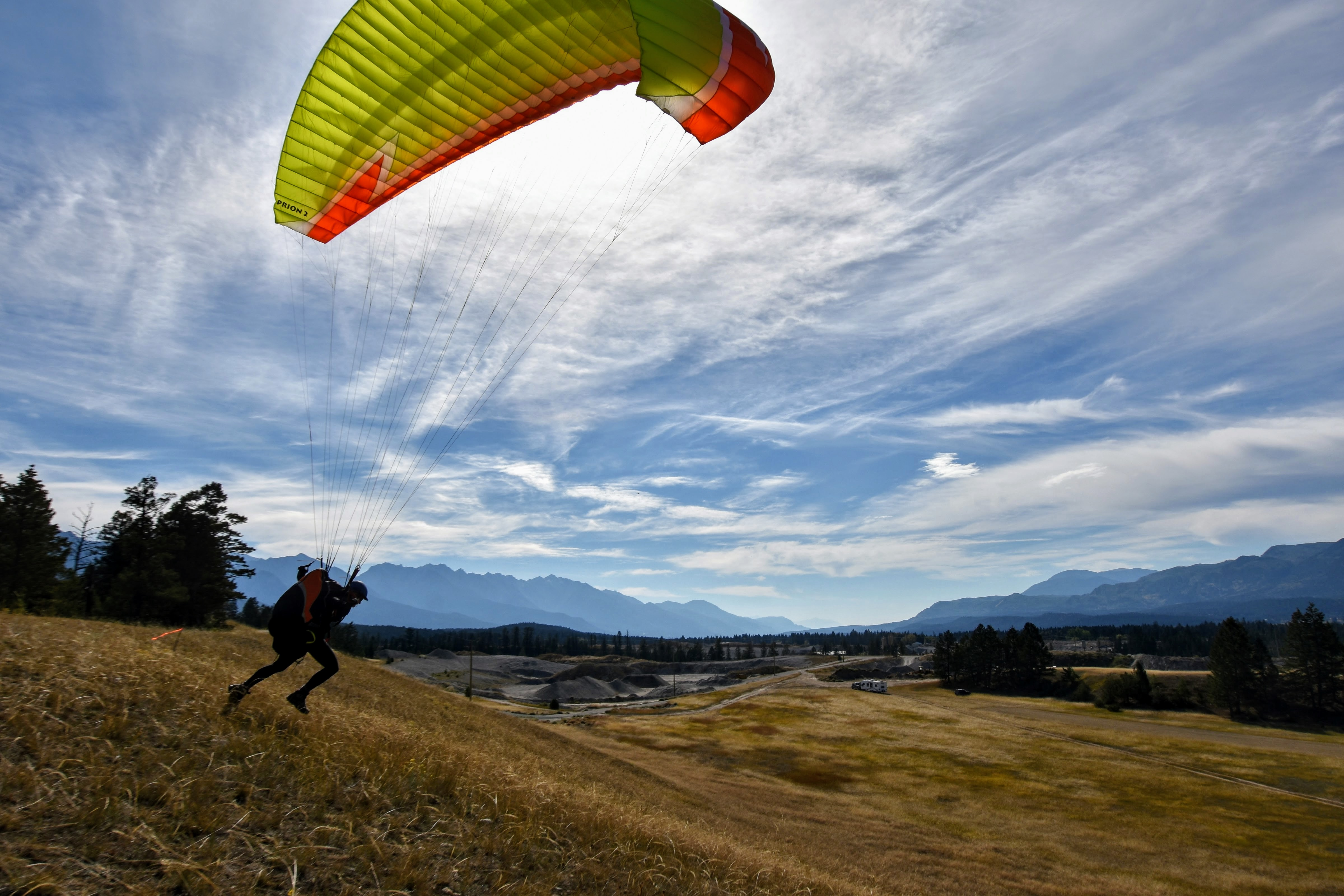 discuss who want to learn paragliding